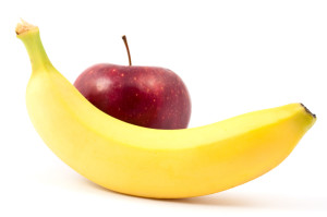 Apple and banana contribute to heart health.