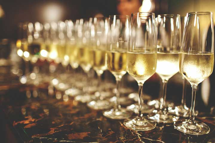 glasses of wine that may influence osteoporosis risk factors